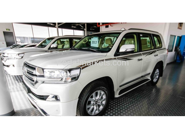 For Sale Toyota Land Cruiser Gxr V8 2016 @ $15000...Whatsapp: +1 857 309 9761 - 3/4